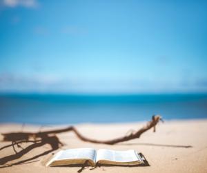 Leggere d'estate: la bibliografia estiva della Biblioteca