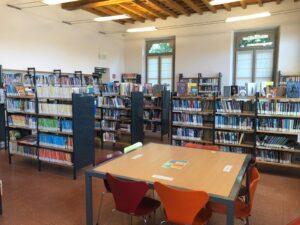 Oltre mille titoli in più sugli scaffali della biblioteca